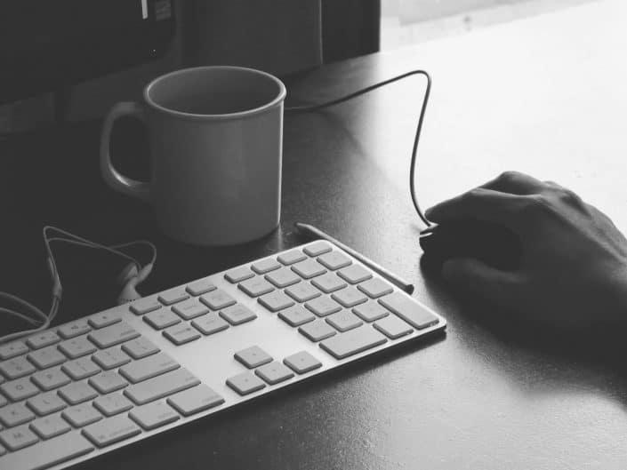 office-worker-keyboard